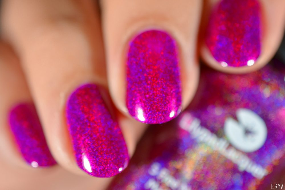 lilypad_lacquer-beet_this-1